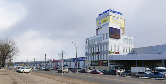The shopping mall 'Galaktika' is a former linen factory.