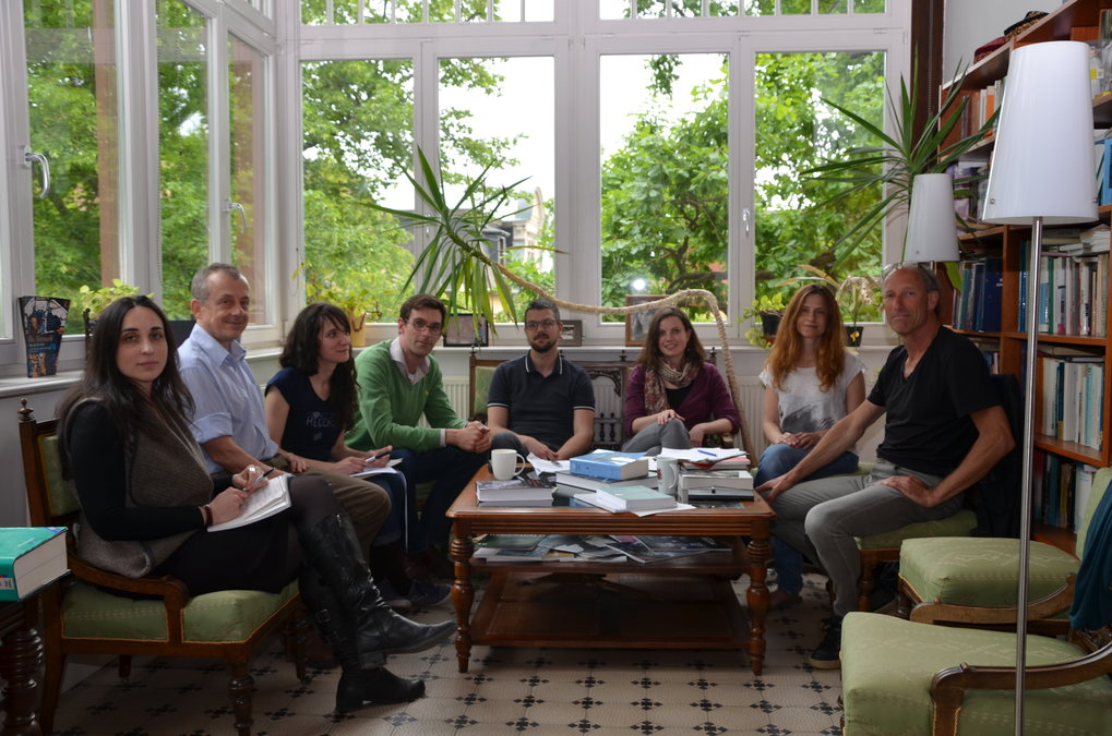 "<div style=""text-align: justify;"">Dimitra Kofti, Chris Hann, Natalia Buier, Tristam Barrett, Marek Mikuš, Charlotte Bruckermann, Hadas Weiss, Don Kalb (from left to right).</div>"